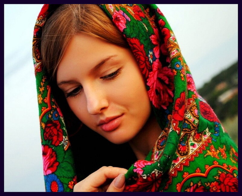 1365692459_istoriya-poyavleniya-shali.jpg