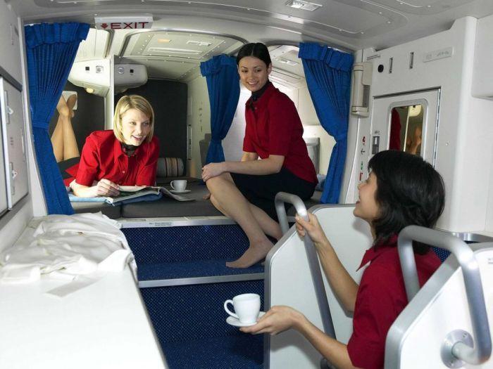 Комфортабельная комната отдыха для экипажа «Боинга» (фото)