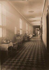Вид части коридора III этажа госпиталя.