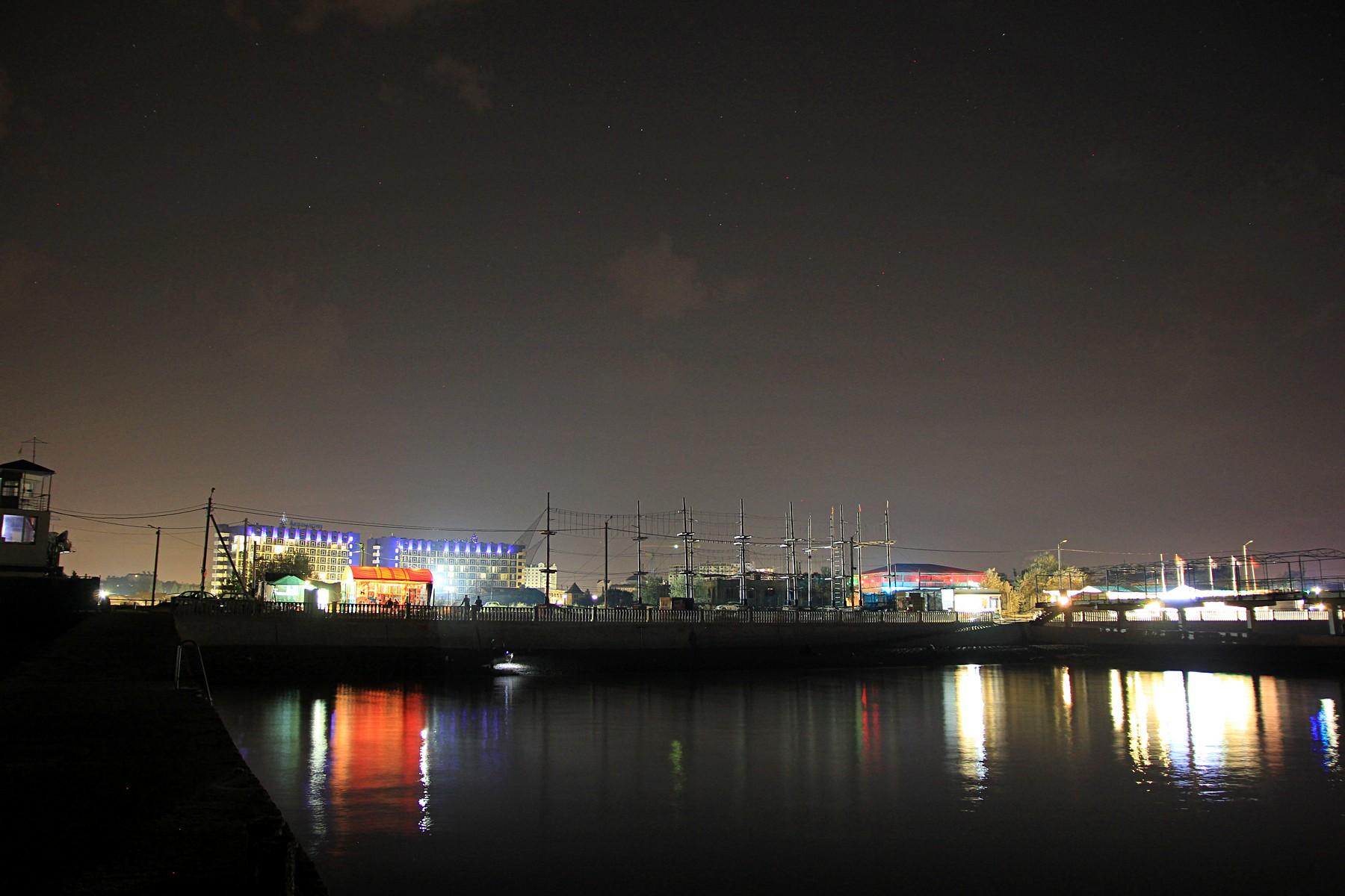 Ночные бабочки на ночь Парк Победы досуг Красносельский район