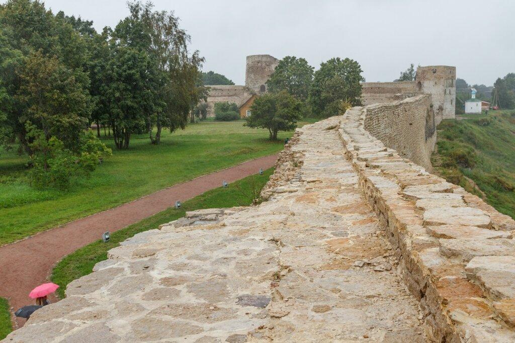 Башня Вышка, Талавская башня и северная стена Изборской крепости