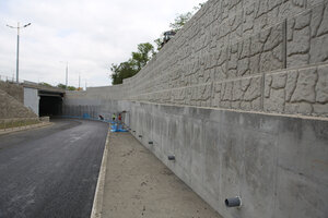 Во Владивостоке завершилось строительство подпорной стены на Санаторной
