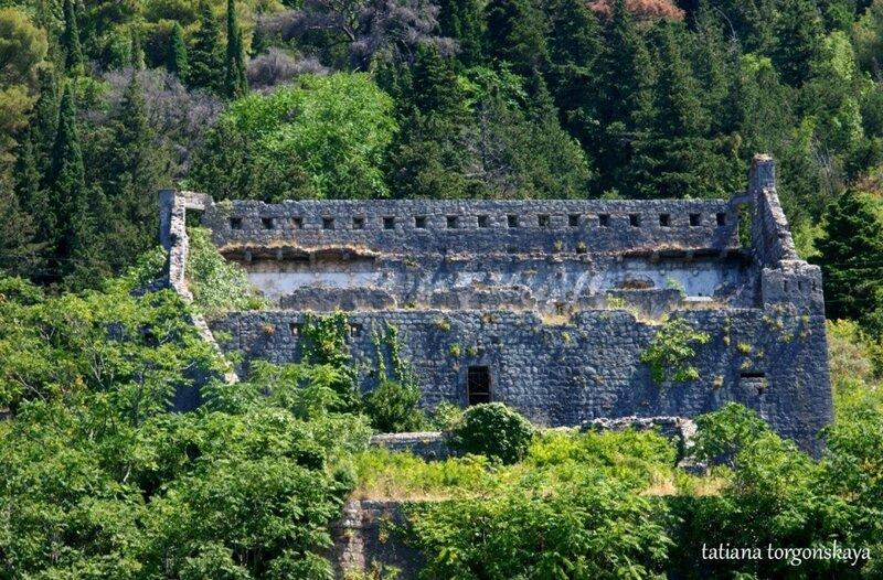 Крепость Св. Креста в Перасте