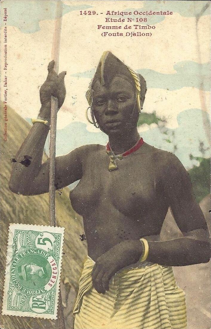 1429. Женщина народа Тимбо