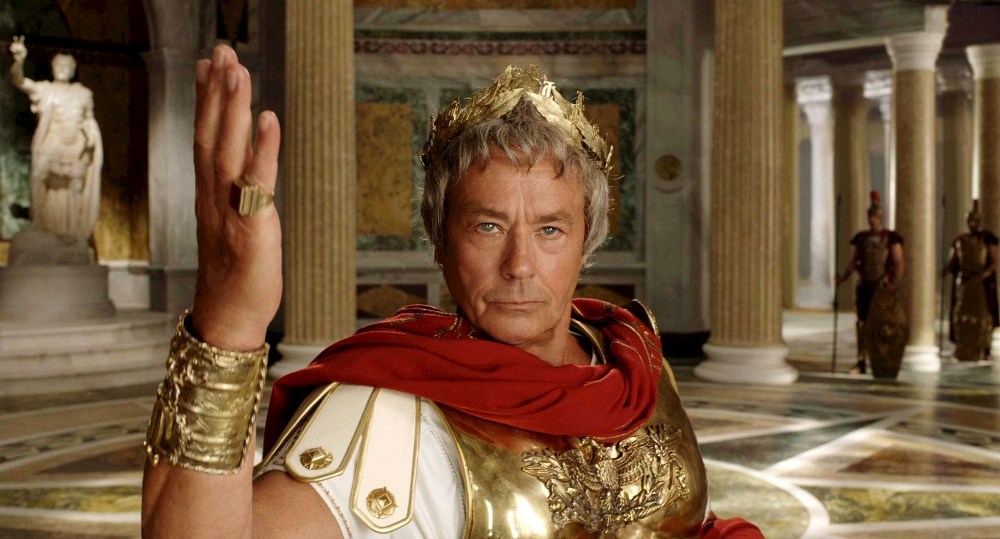2008 В роли Юлия Цезаря в фильме Астерикс на Олимпийских играх.jpg