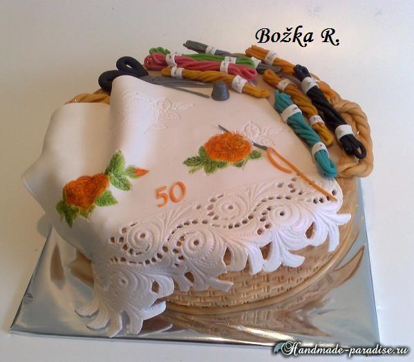 Торт из марципана для вышивальщицы