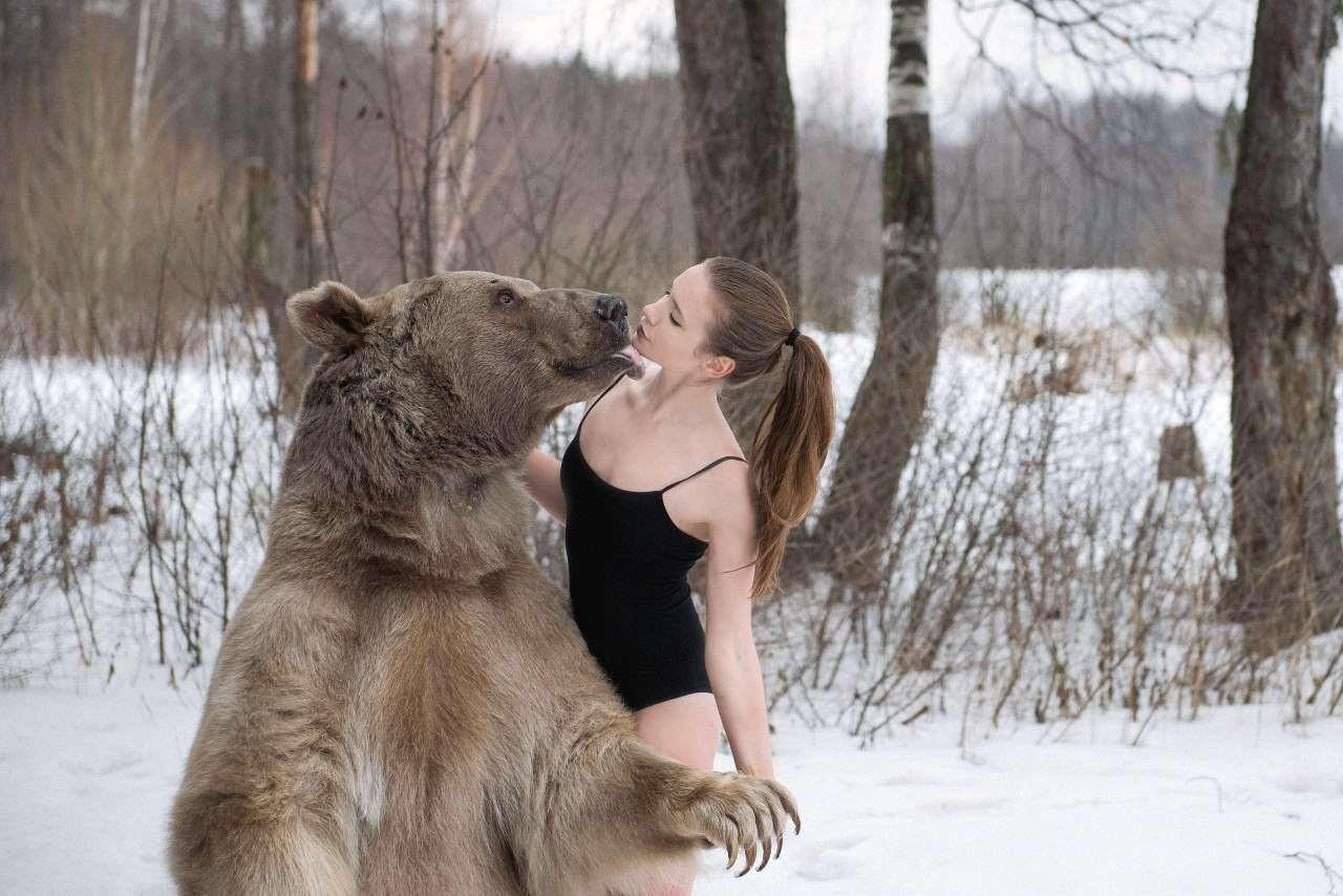 Русское порно с девочкой в лесу 23 фотография