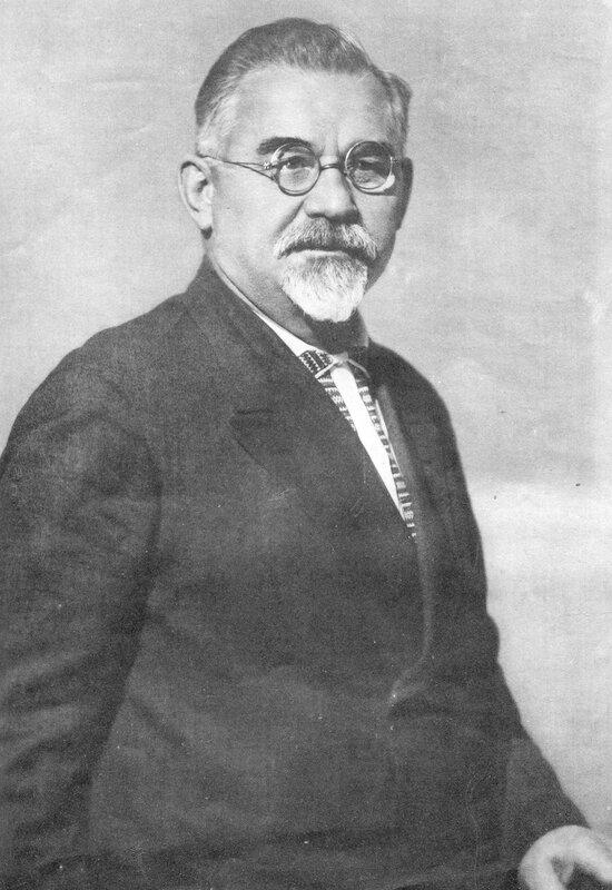 Petrovskiy_GI_Soc_Kiev_1937_01_p10bis.jpg