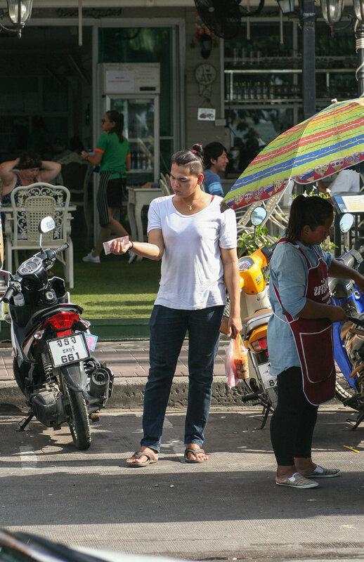 Тайский трансвестит