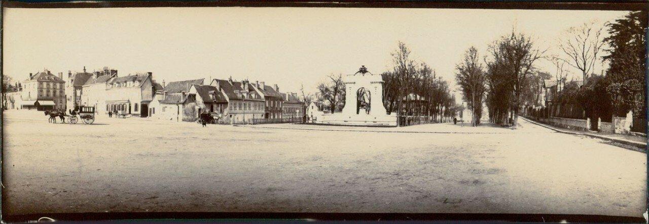Сен-Кантен (Эна). Памятник защитникам Сен-Кантена