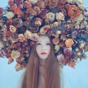 Голова в цветах