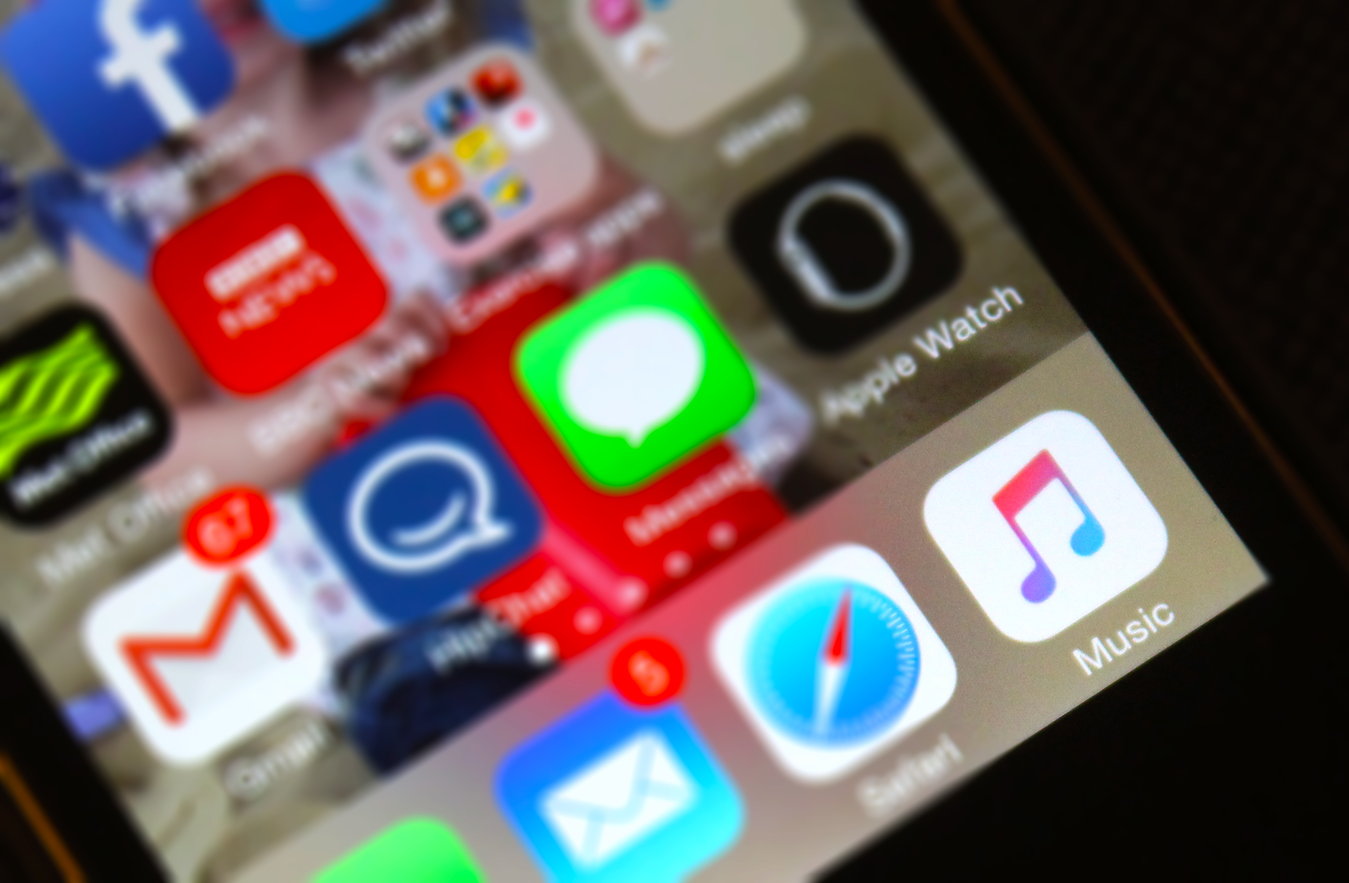 Появилась возможность сохранять музыку на устройствах Apple