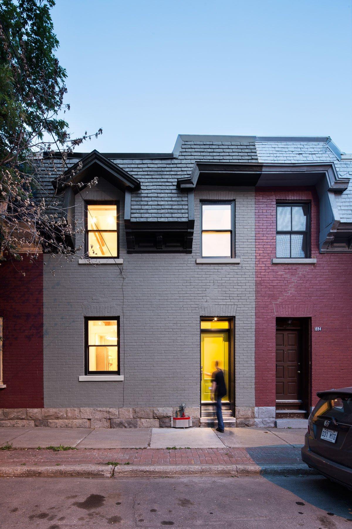 MARK+VIVI, частные дома канады фото, красивые дома канада, яркий интерьер дома, реставрация частного дома, реставрация старой мебели своими руками фото