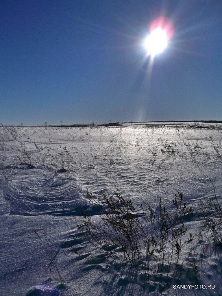 Мороз и солнце и снега по колено