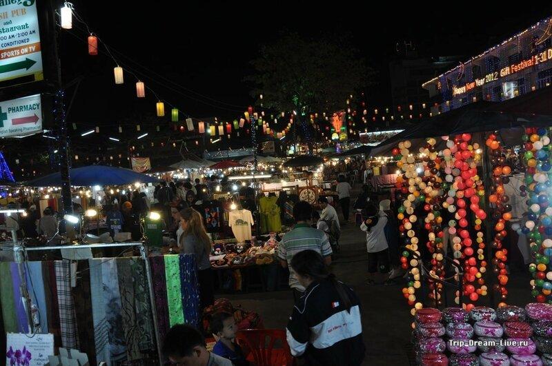 Ночной рынок в Чиангмае