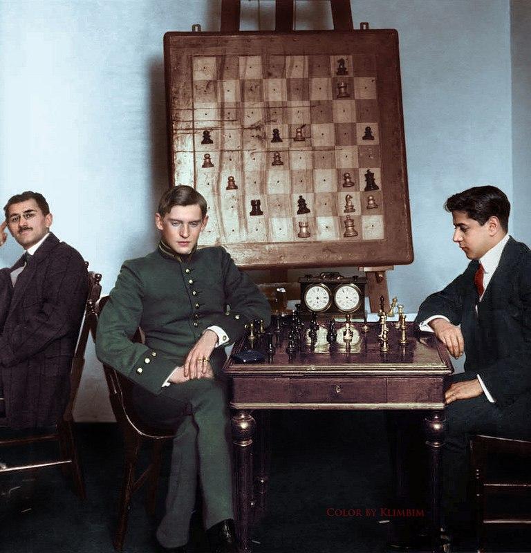 Алехин и Капабланка. Москва, 1913 год.jpg