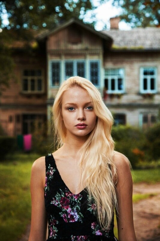 Михаэла Норок, «Атлас красоты»: 155 фотографий красивых женщин из 37 стран мира 0 1c6228 38400648 XL