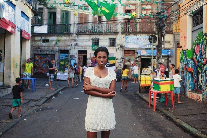 Михаэла Норок, «Атлас красоты»: 155 фотографий красивых женщин из 37 стран мира 0 1c6282 be680c8c XL