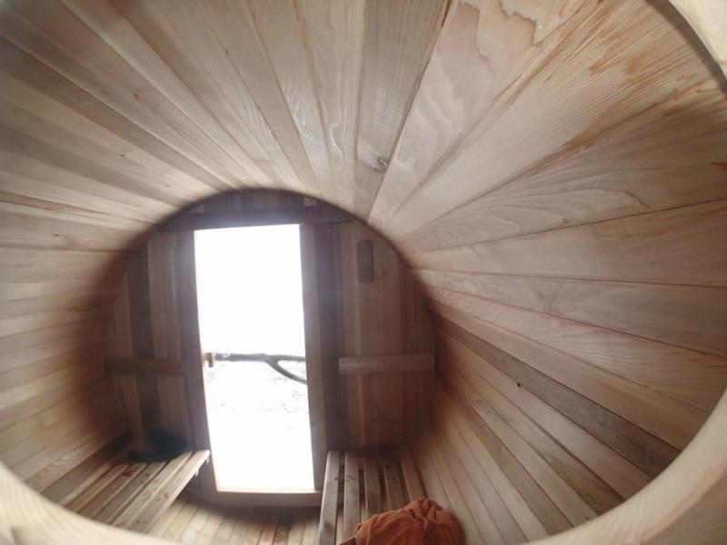 Surf Sauna. Мобильная сауна в трейлере для серферов