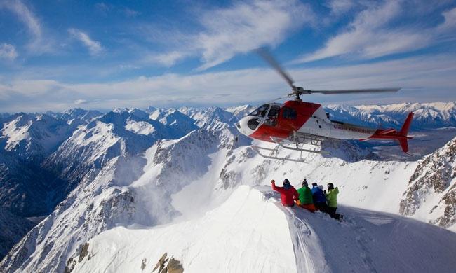 Хели-ски ихели-бординг— это неописуемый восторг для самых смелых. Только представьте: подняться на