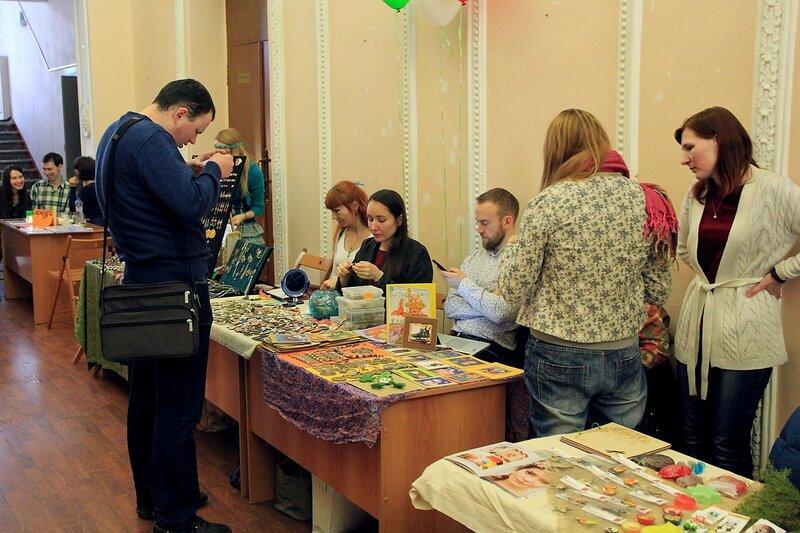 Арт-маркет на дне ирландской культуры в Кирове (дворец молодежи, бывший д/к Авангард), в честь дня св. Патрика