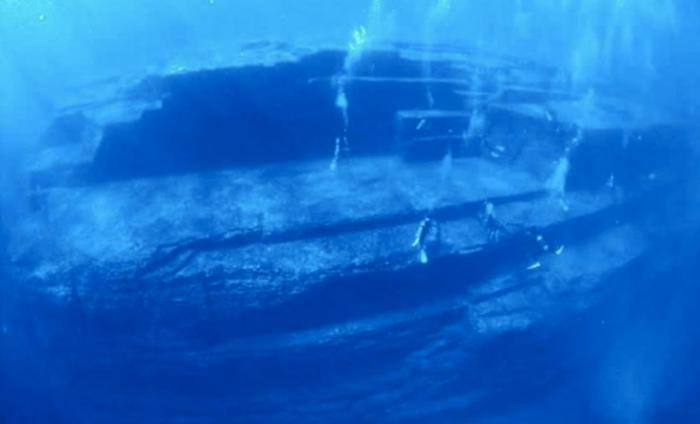 Постройки на дне моря