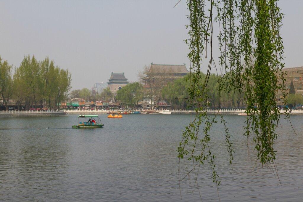 Озеро Цяньхай, Барабанная и Колокольная башни, Шичахай, Пекин