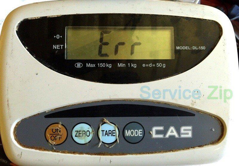 В мастерскую поступили весы cas dln, при включении появляется сообщение об ошибке «err».