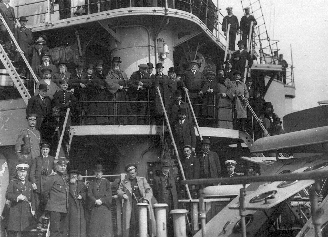 Депутаты Четвертой Государственной думы на борту линейного корабля Андрей Первозванный. 5 мая 1913