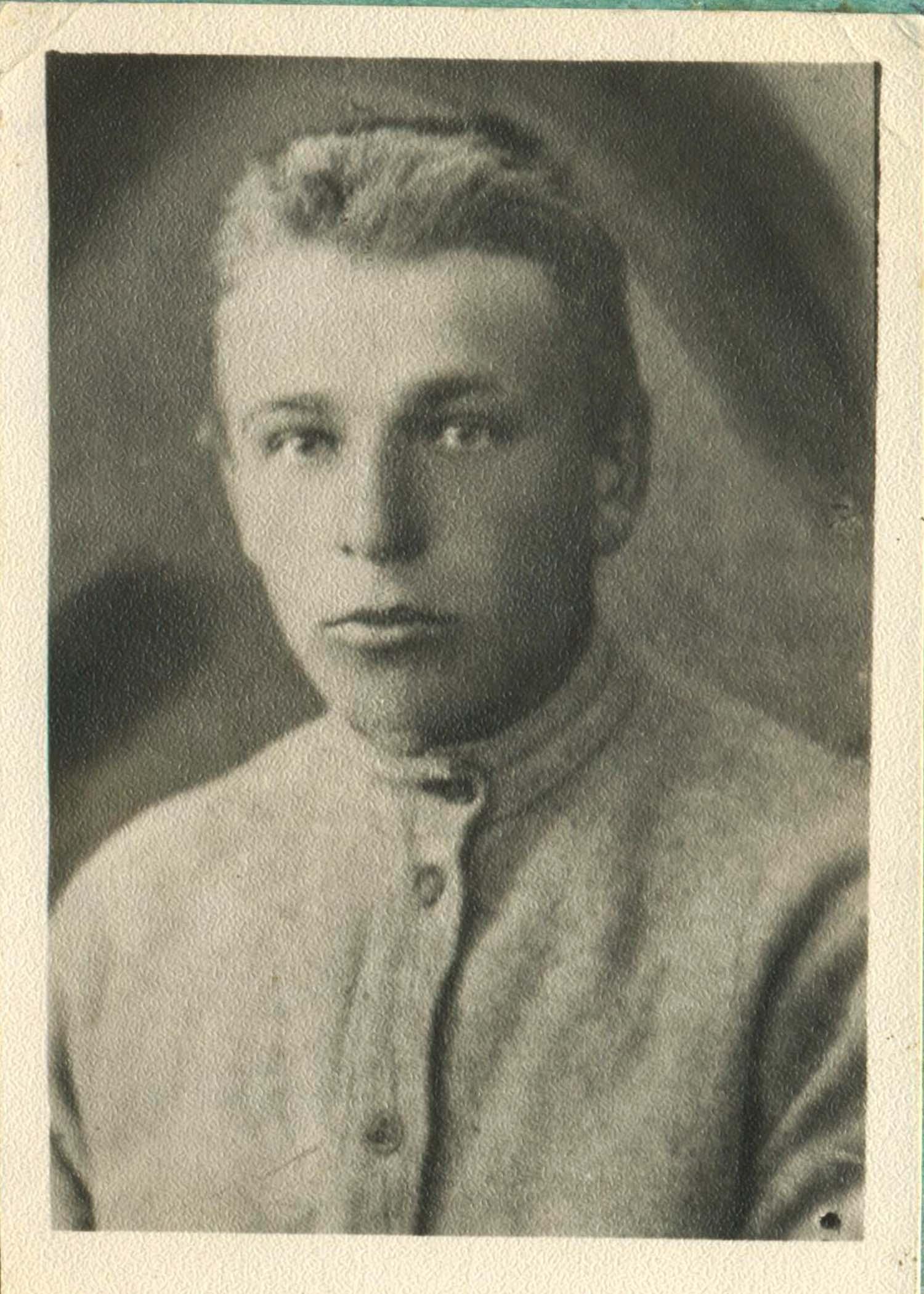 29. Ян Петерсон. Фото со студенческого билета