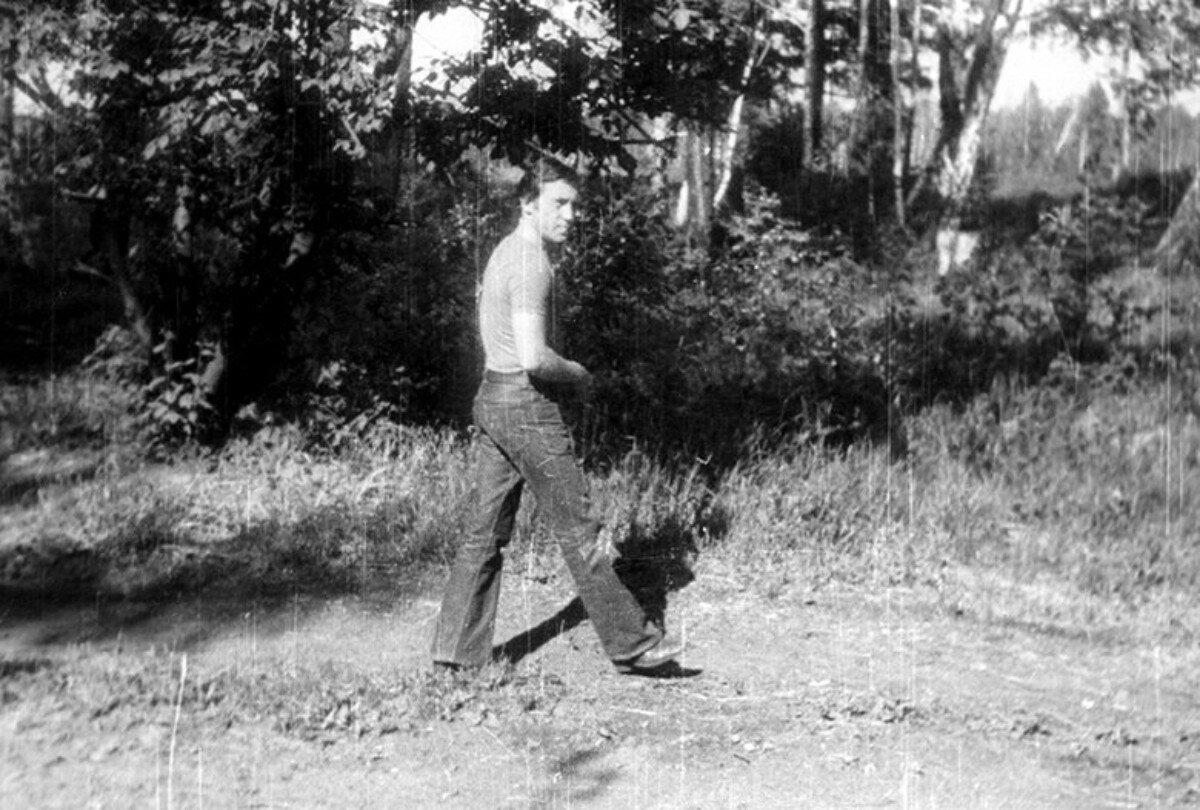 87. Владимир Высоцкий на «пикнике Абашидзе на Иркуте», Иркутской области. Июнь 1976 года