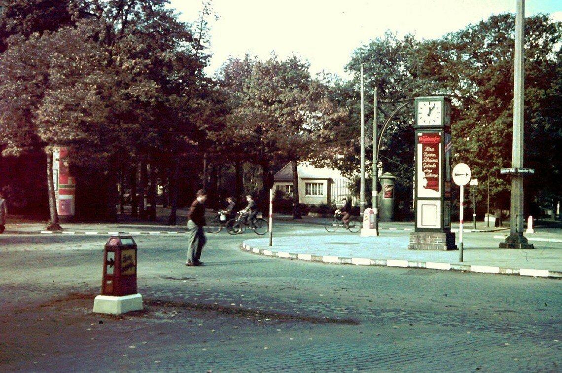1939 Bremen Spanischer Platz by Friedrich Sorger.jpg