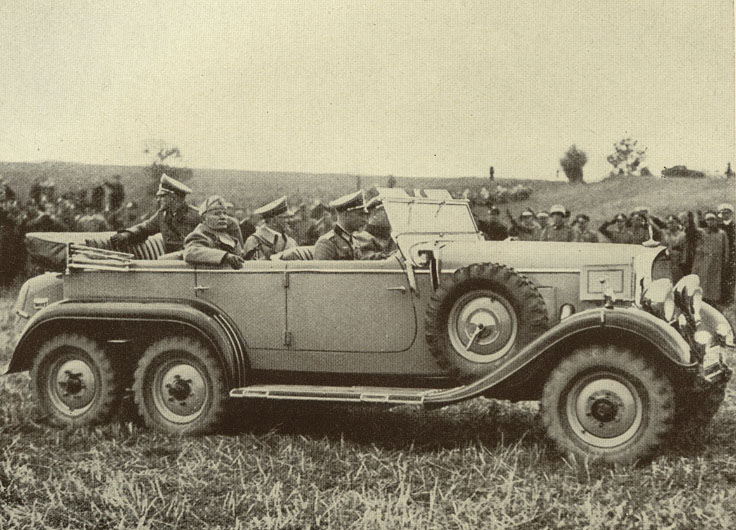1937_mussolini_v_Germanii.jpg