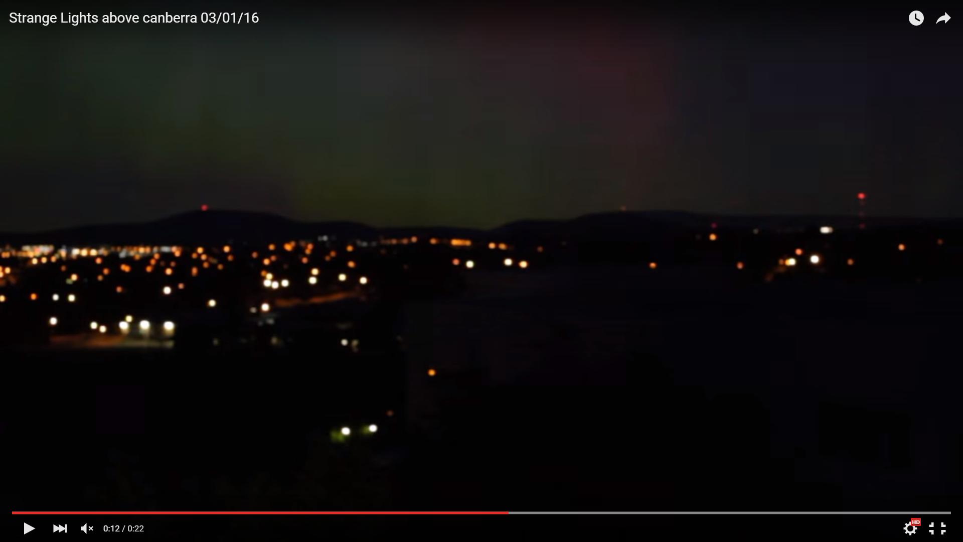 Из видео очевидца следует, что это действительно плазменный шар раскалённых газов. В небе возникла точка пространства с колоссальным выбросом энергии электрической природы. При достижении предела превзошел взрыв в виде плазменного шара диаметром несколько километров. Взрыв был, где-то на границе стратосферы и атмосферы, на высоте от 12 до 15 километров. После угасания энергии взрыва, образовалось радиальное кольцо, подобные кольца формируются при мощных ядерных взрывах и создаются ударной сверхзвуковой волной. Раскадровка видео в последовательной очерёдности нажмите на фото для увеличения Пустое небо