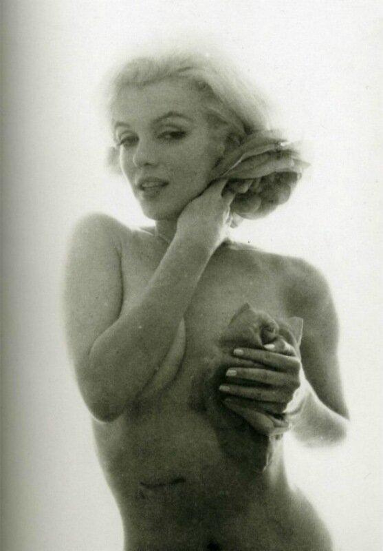 Скандальные фото обнаженной Мэрилин Монро 0 1ccdf0 d3677410 XL