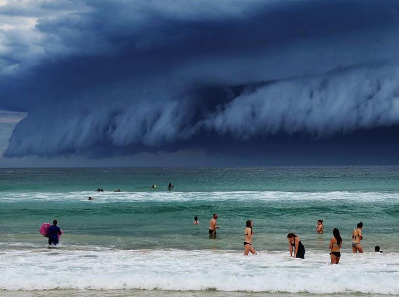 Уникальное и величественное явление. Облачное «цунами» в Сиднее