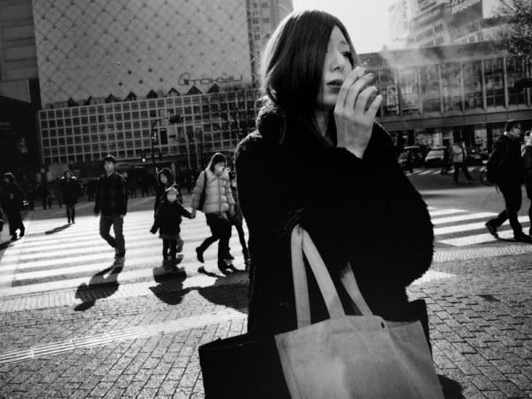 Токио в уличной фотографии Тацуо Сузуки