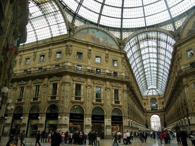 Галерею Виктора Эммануила II. Милан, Италия
