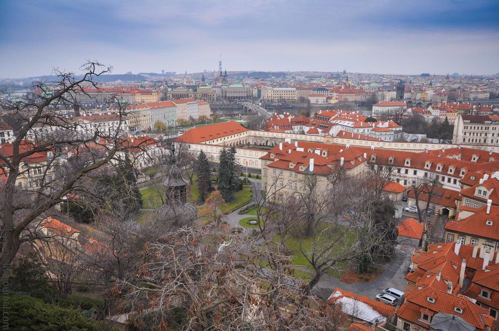 Burg-(2).jpg