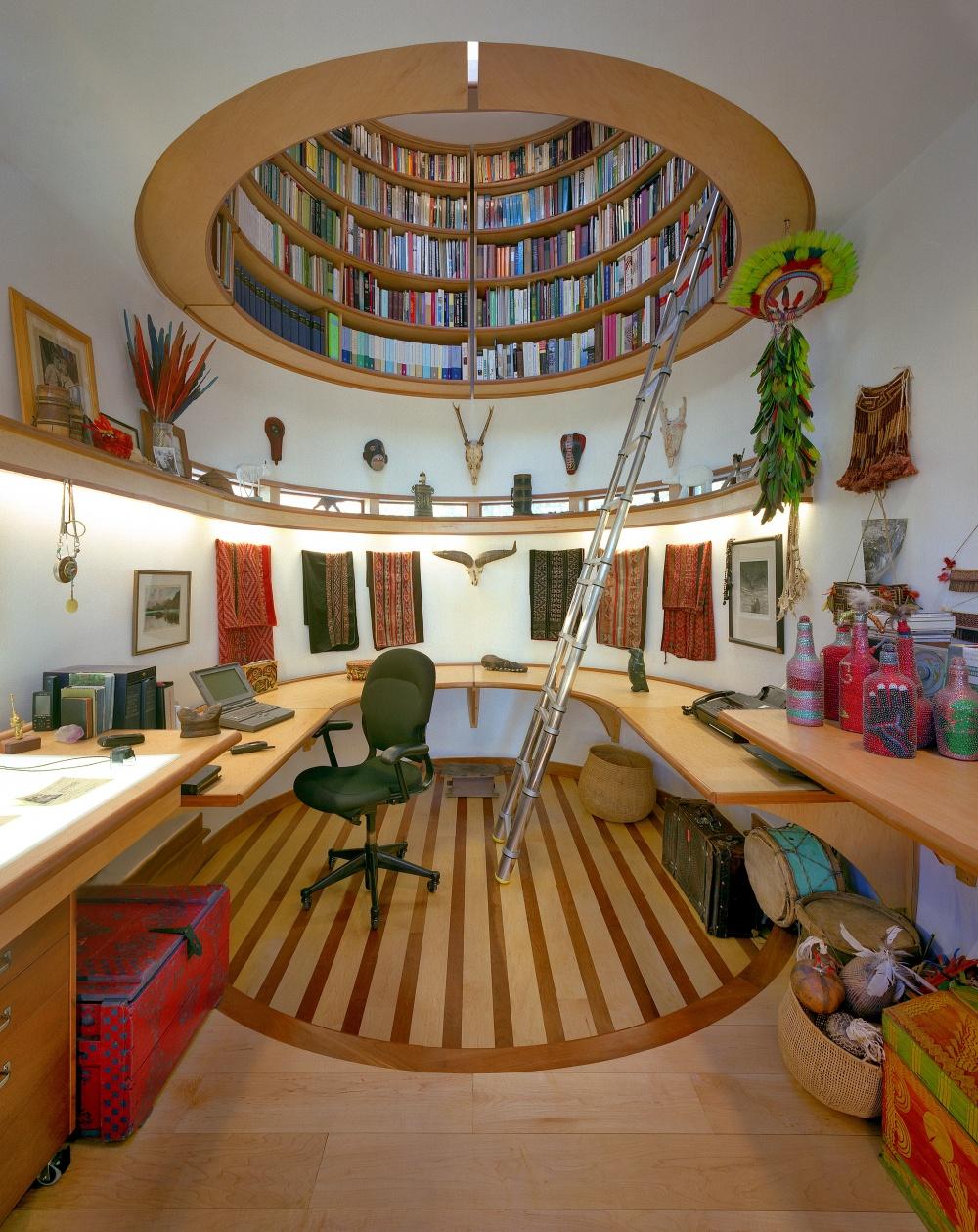 Библиотека придаст шика любому дому, только где взять столько книг?.. Горка