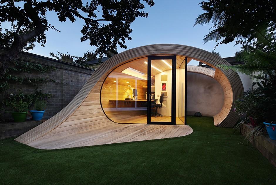 Проект Platform 5 Architects Эта садовая беседка в форме завитка — многофункциональное помещение. С