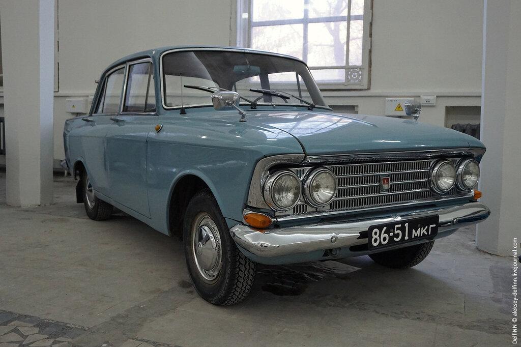 Москвич-408-Elite-08.jpg