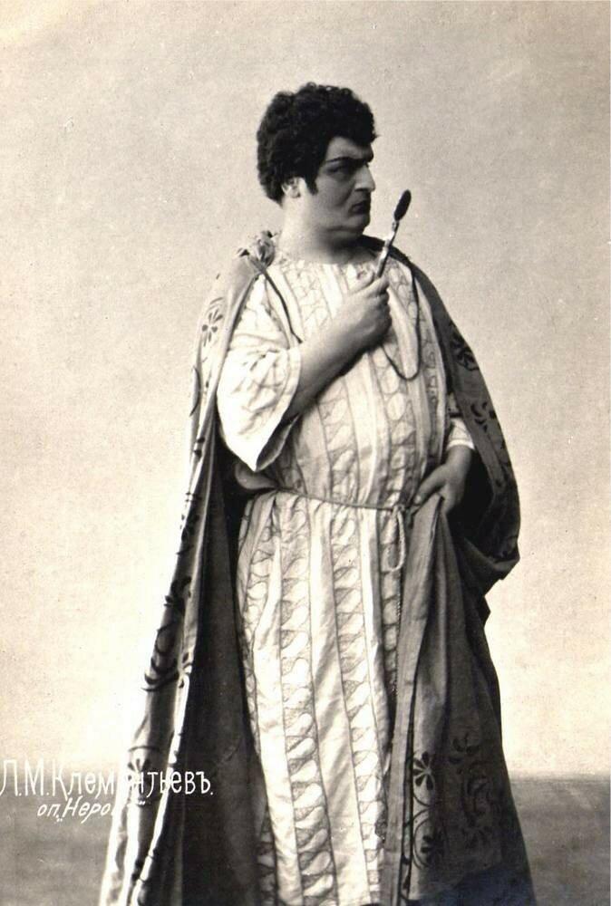 Клементьев Лев Михайлович. Умер в Тифлисе. Похоронен в Александро-Невской лавре в Санкт-Петербурге.