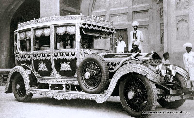 1907_RollsRoyce Индийский раджа сэр Рагхунандана Прасада Сикх.jpg