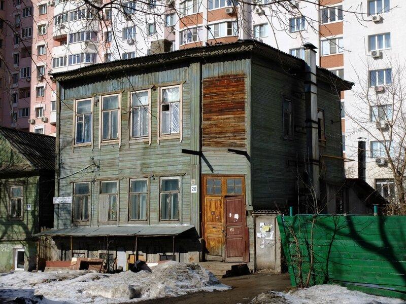 Льва Толстого и Никитинская 199.JPG