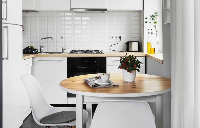 Дизайн кухни в светлых оттенках фото 12