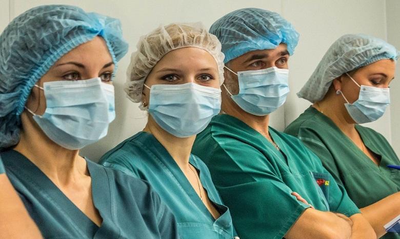 ВСумах врачи неуспевают осматривать больных гриппом иОРВИ детей