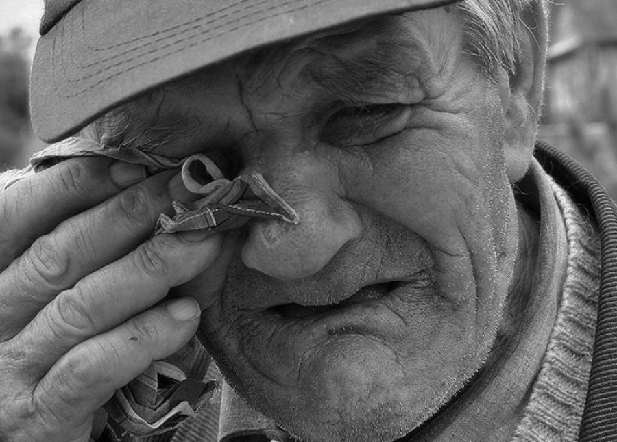 Почему трясется голова у стариков