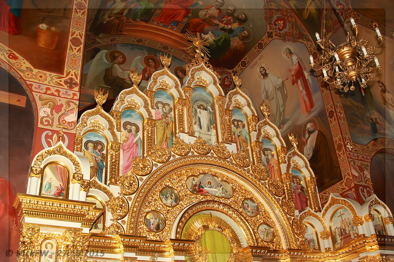 Храм священномученика святителя Вениамина - Иконостас [© NickFW - 27.10.2015]