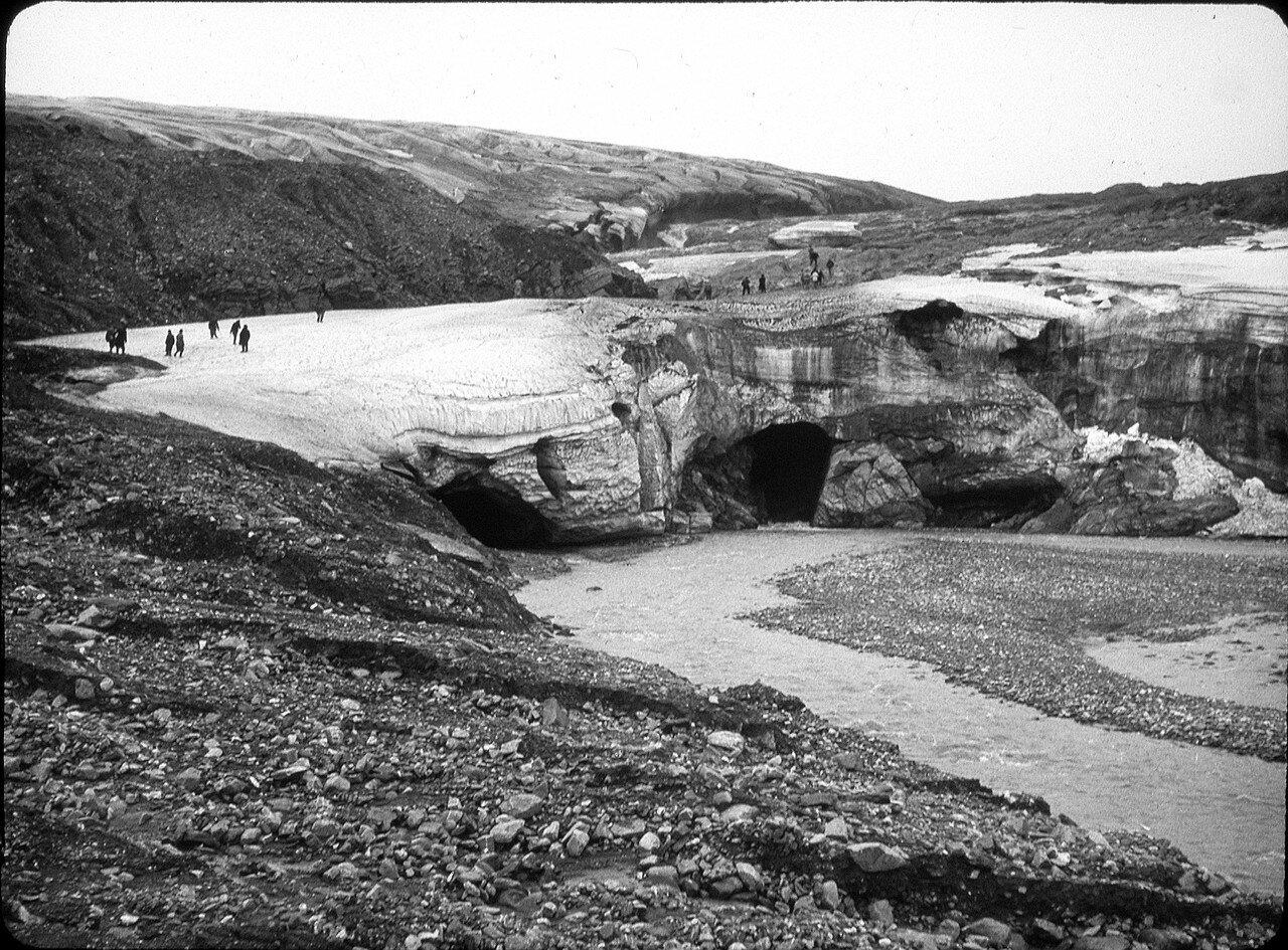 1937. Новая Земля. Архангельская губа, ледник